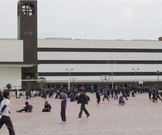 Colegio ceu san pablo sanchinarro madrid programaci n y for Cartelera avenida sevilla