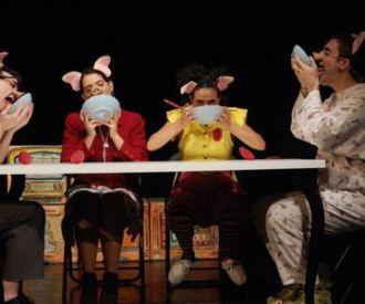 Els Tres Porquets - Aquitània Teatre